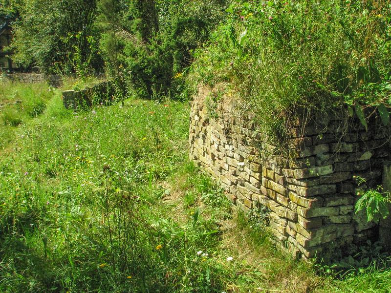Pile wall