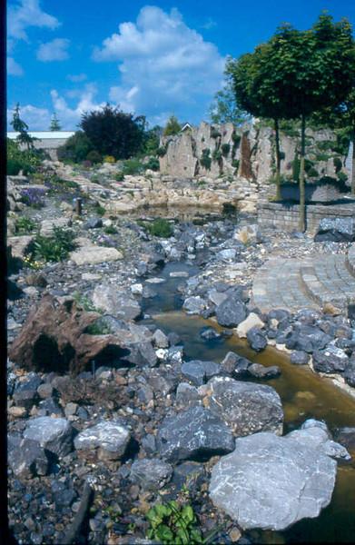 overview rock garden after finishing (photo: Harrie de Vries, construction rockgarden 1992)
