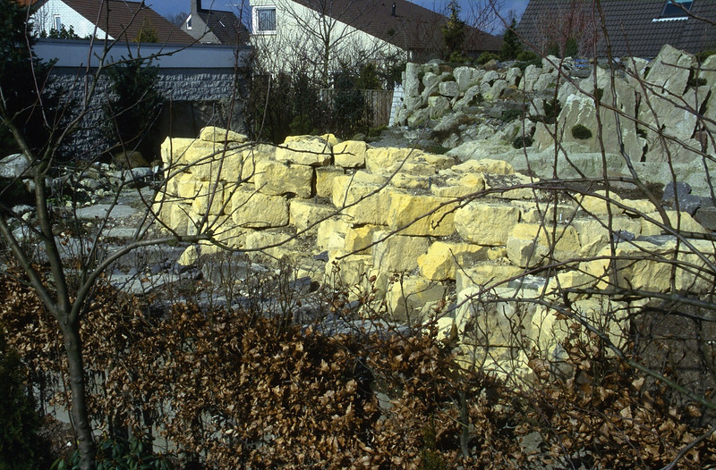 marl blocks used for a calcareous habitat ( construction rockgarden 1992)