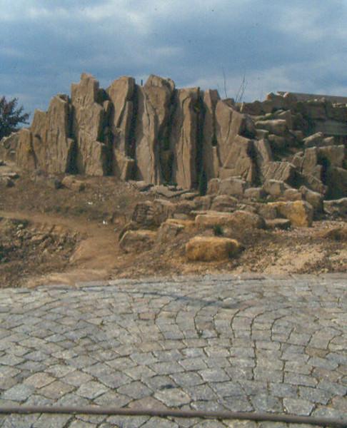fan-shape pattern of the terrace and rock wall (construction rockgarden 1992)