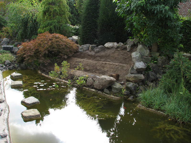 groundwork, treads (creation peat/woodland garden 2007)