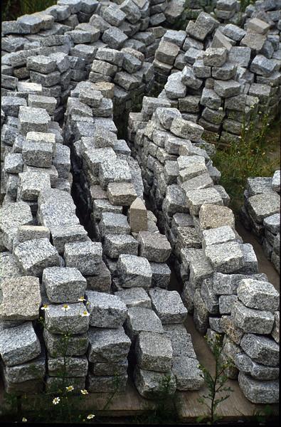 pavement materials, Portuguese granite ( construction rockgarden 1992   )