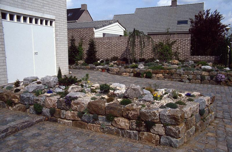 Front-garden 1993