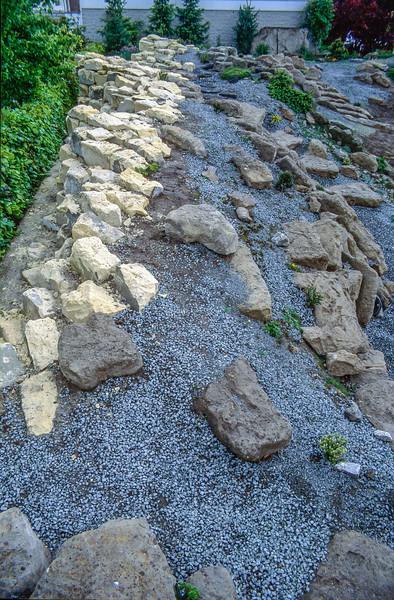 Marl and hypertufa rocks