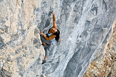 "Kelly Drager on ""Halloween Parade"" 5.10+, Sector Bellavista, Echo Canyon"