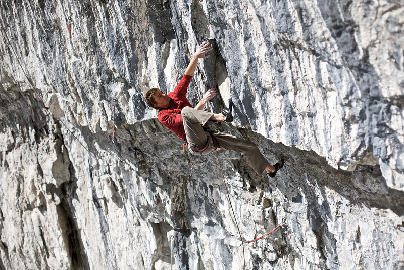 "Derek Galoway on ""Fit Bird"" 5.13d, Coliseum"