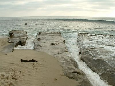 sandstone beach formations -- La Jolla, 28 Jun 2003