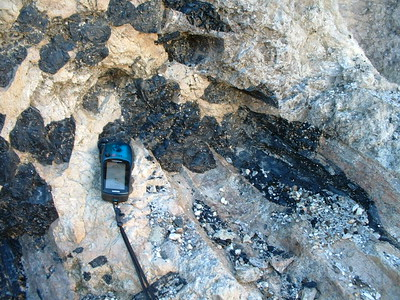 Schorl, Southern Pacific Silica Quarry, Lakeview Mountains, 26 Dec 2003