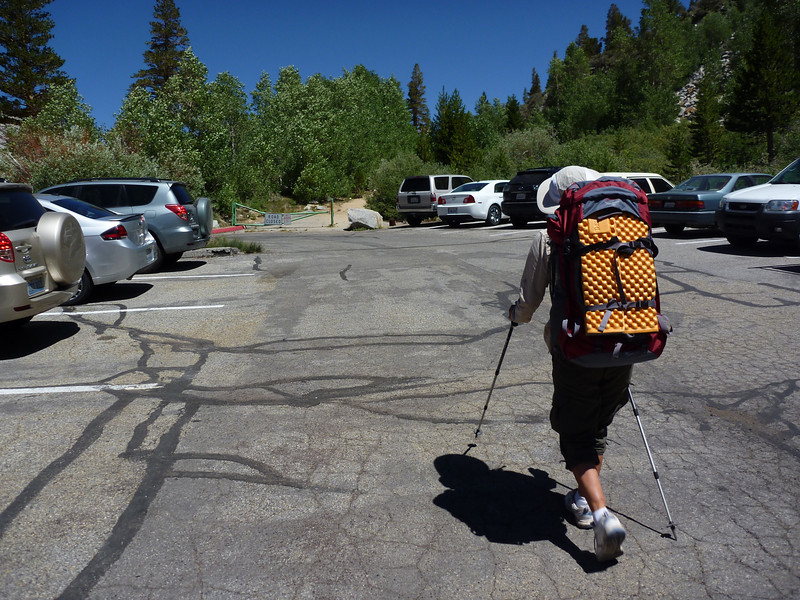 South Lake parking lot, headed for the pipeline trail