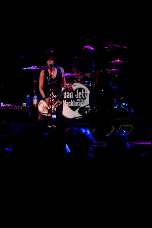 Joan Jett and the Black Hearts 2015