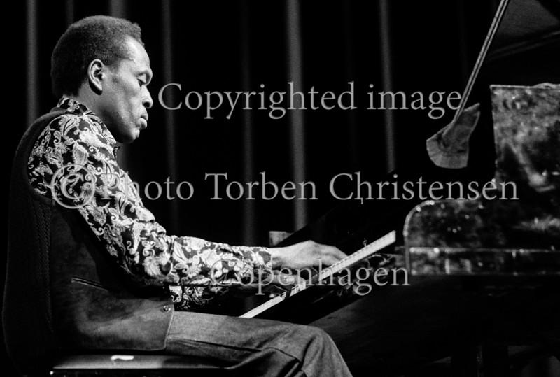 Jazz i Falkonerteatret 1976 her Kenny Drew, piano