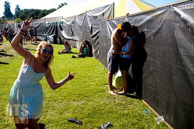 Kissy kissy Dan Shugar photo (c) 2013 www.danshugar.com
