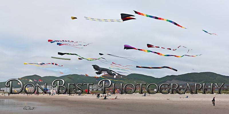 Rockaway Beach Kite Festival 2015 Pano
