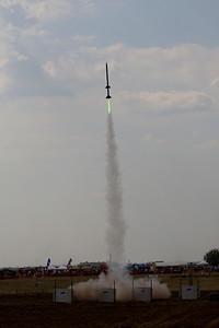 2StgBlueRkt-Green-PurpleMtrs_LDRS30_9-3-11 Sat_RAL_RL1D8869