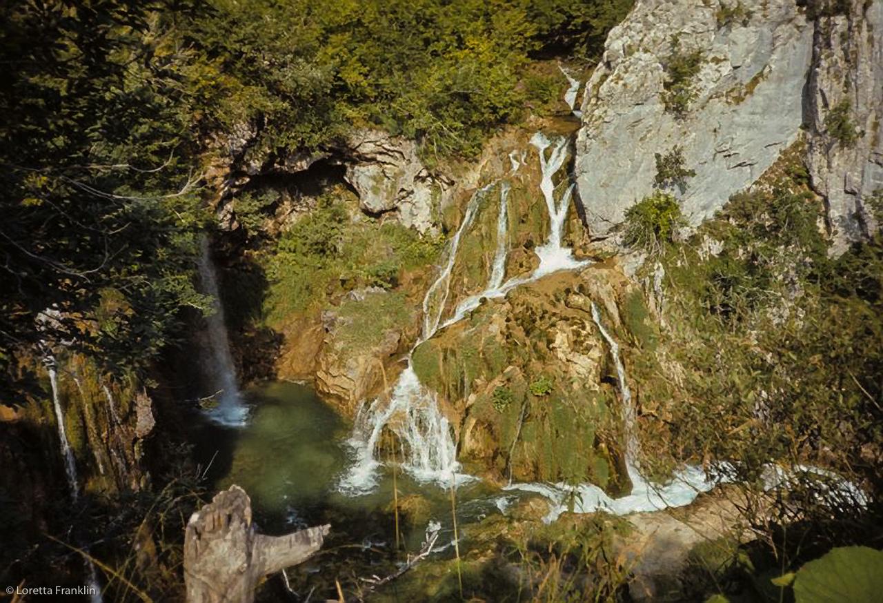Plitvice Jezera, Croatia04_1970-Edit