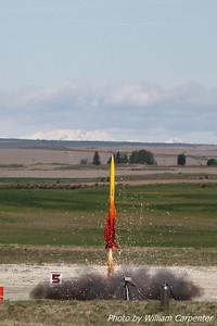 """Scott Berfield's """"Fire in the Sky"""" lifts off on a J-impulse Skidmark motor."""