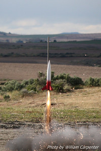 Dave Walp's Madcow Rocketry Squat on a Skidmark motor.