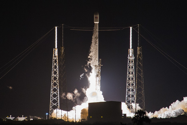 JCSAT16 Falcon9 rocket launch by SpaceX