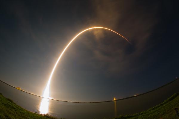 JCSAT16 Falcon9 rocket launch by SpaceX