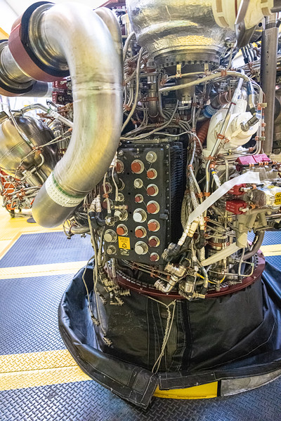 A look at the Shuttle-era engine controller of an RS-25