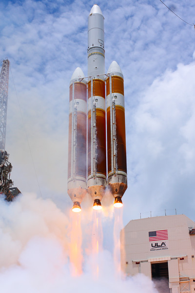 IMAGE: https://photos.smugmug.com/Aerospace/Rockets/NROL-37/i-QMgqhbv/0/L/2016_06_11_13_50_22_40D_3842-L.jpg