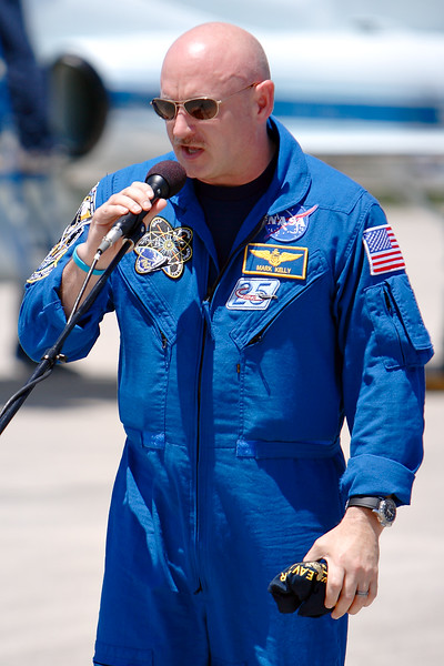 Tuesday, April 26 - Commander Mark Kelly addresses the media at the Shuttle Landing Facility.