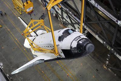2011-05-18 VAB Lift & Rotate