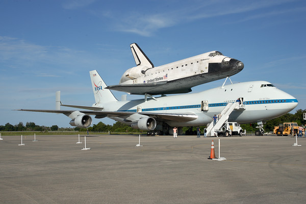 IMAGE: http://www.mikedeep.com/Space-Shuttle/Transition-Retirement/2012-09-16-Endeavour-SCA/i-CFkhZJ6/1/M/201209160856421D28964-M.jpg