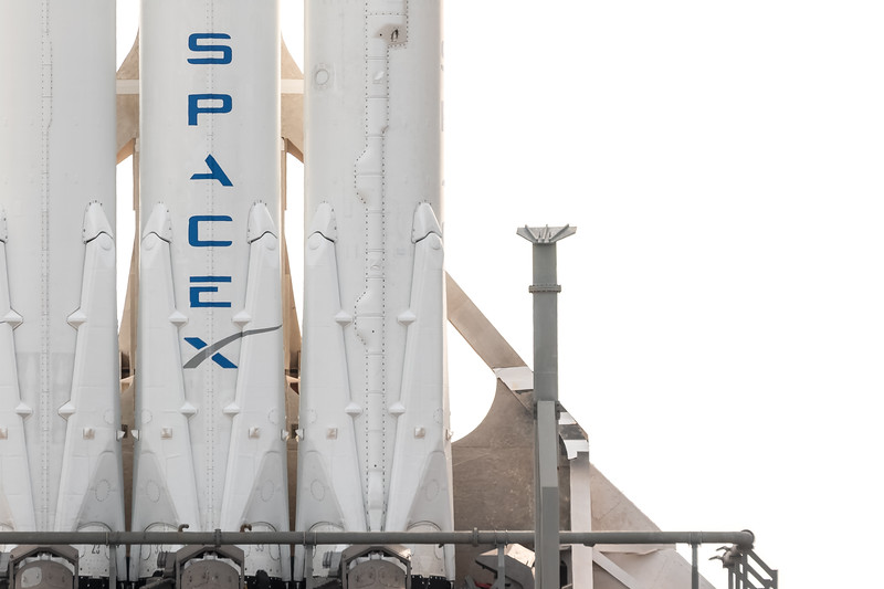 Super telephoto view of SpaceX's Falcon Heavy standing tall on the launch pad the day before its inaugural launch.