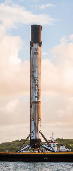 270.9 megapixel panorama of landed Falcon 9 B1058.2