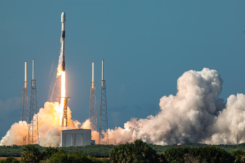 Falcon 9 lifts off before on the ANASIS-II mission.