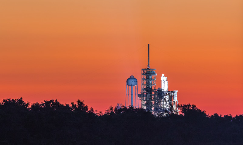 More & more of SpaceX Falcon 9 is becoming visible from the press site at LC-39A as the Shuttle-era RSS is dismantled.