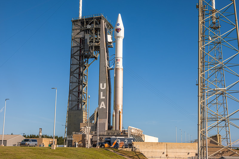 Atlas V with the Lucy spacecraft aboard, at SLC-41 on the morning of October 15th, as media set their sound-activated remote cameras.