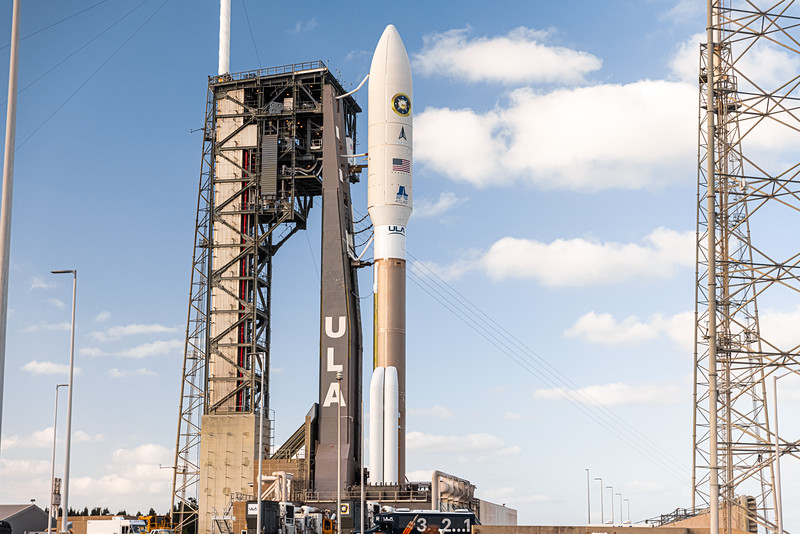 An Atlas V 531 rocket with the NROL-101 payload on the launch pad at SLC-41 before returning to the Vertical Integration Facility for additional payload environmental control system repairs/checkouts.