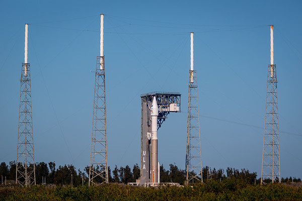The Atlas V with the joint ESA/NASA Solar Orbiter spacecraft atop as it arrives at the base of the pad at SLC 41.
