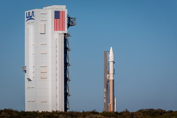 The Atlas V with the joint ESA/NASA Solar Orbiter spacecraft atop emerges from the vertical integration facility at SLC 41.