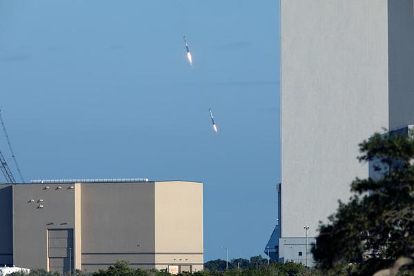 SpaceX Falcon Heavy - Arabsat 6A - Landing