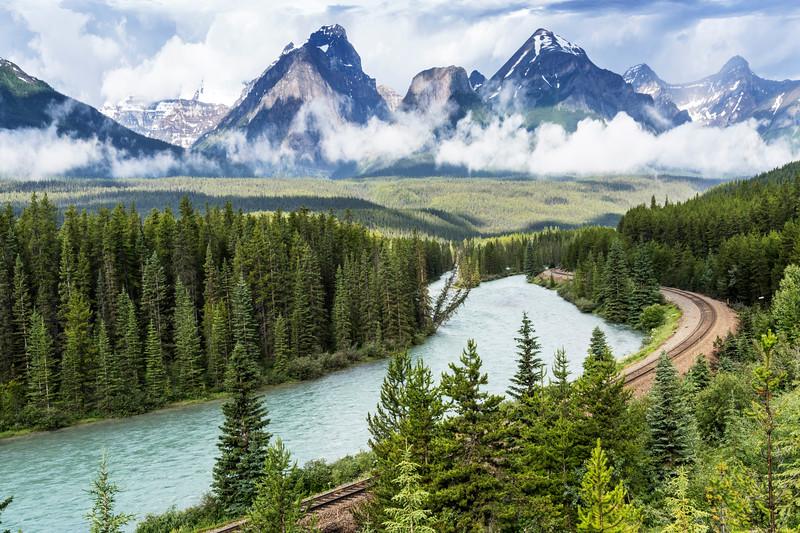 Morant's Curve, Banff National Park, Alberta