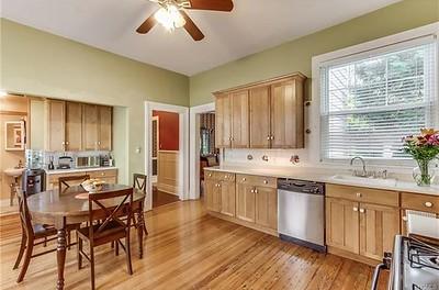 brown_kitchen, large_kitchen,
