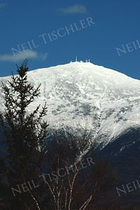 #769  A rare clear sky over Mount Washington, the tallest peak in the northeastern United States, in the White Mountains of New Hampshire.