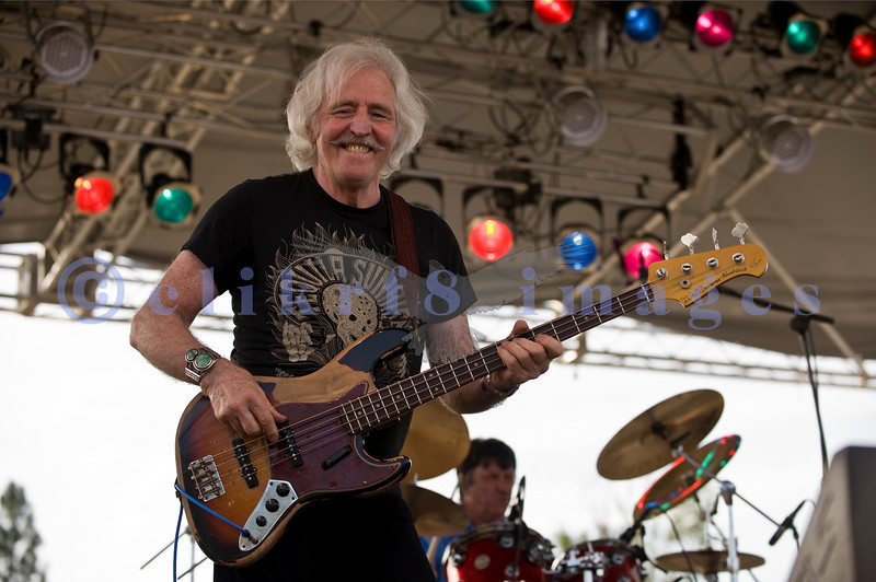 The Winthrop Blues ranch hosted the 40th Anniversary of Woodstock aka Heroes of Woodstock in August, 2009. Leo Lyons, bass player for Ten Years After never quit smiling.