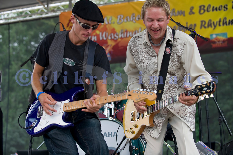 The Fat Tones from the Spokane/Boise area are the house band at the Mt. baker Blues Festival. Bobby Patterson on guitar, Chris Eger (Chris Eger Band, Midlife Crisis) guesting on guitar.
