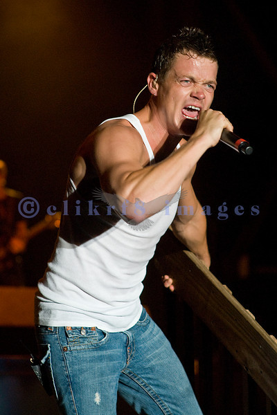 Vocalist Brad Arnold of Three Doors Down headlining Sunday's lineup at the Chippewa Valley Rock Festival in July 2007.