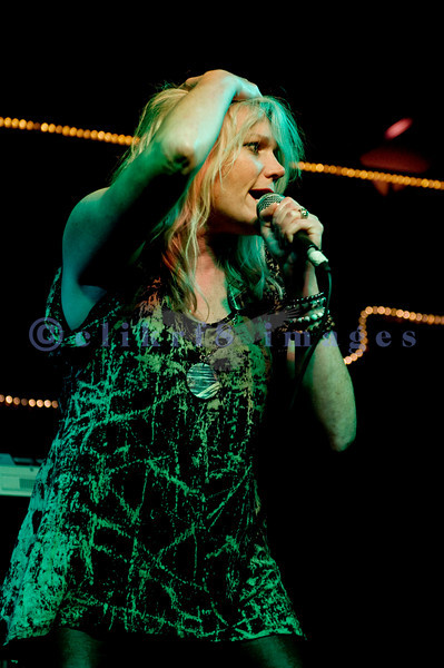 Cathy Richardson singing on stage at the Wild Buffalo House Of Music in Bellingham, WA.