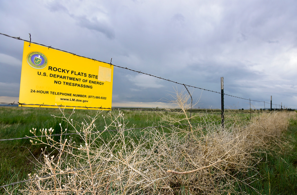 . The Department of Energy boundary at the Rocky Flats National Wildlife Refuge is seen in Jefferson County, Colorado on May 14, 2018. (Photo by Matthew Jonas/Staff Photographer)