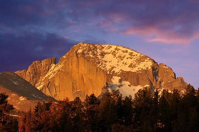 Alpen glow burns Long's Peak's Diamond in the early dawn.