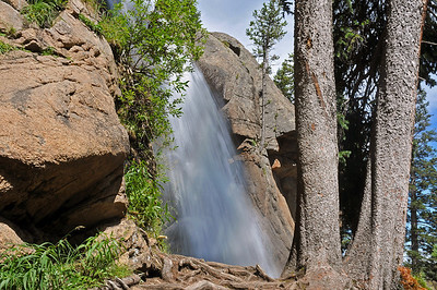 The most dramatic waterfall in Wild Basin is Ouzel Falls which features a 40 foot drop.  The falls is a popular rest area for hikers continuing deeper into Wild Basin.