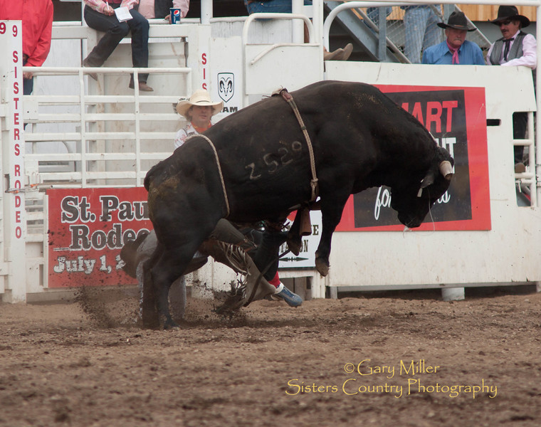 2011 Sisters Rodeo, Sisters Oregon - Photo by Gary Miller - Sisters Country Photography