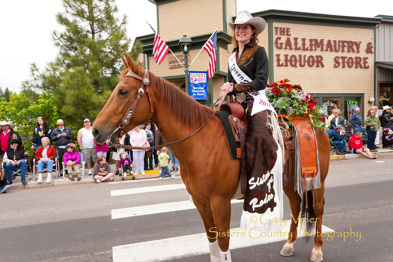 Sisters Rodeo Queen Emily Clark - Rodeo Parade 2011 - Sisters, Oregon - Photo by Gary Miller - Sisters Country Photography