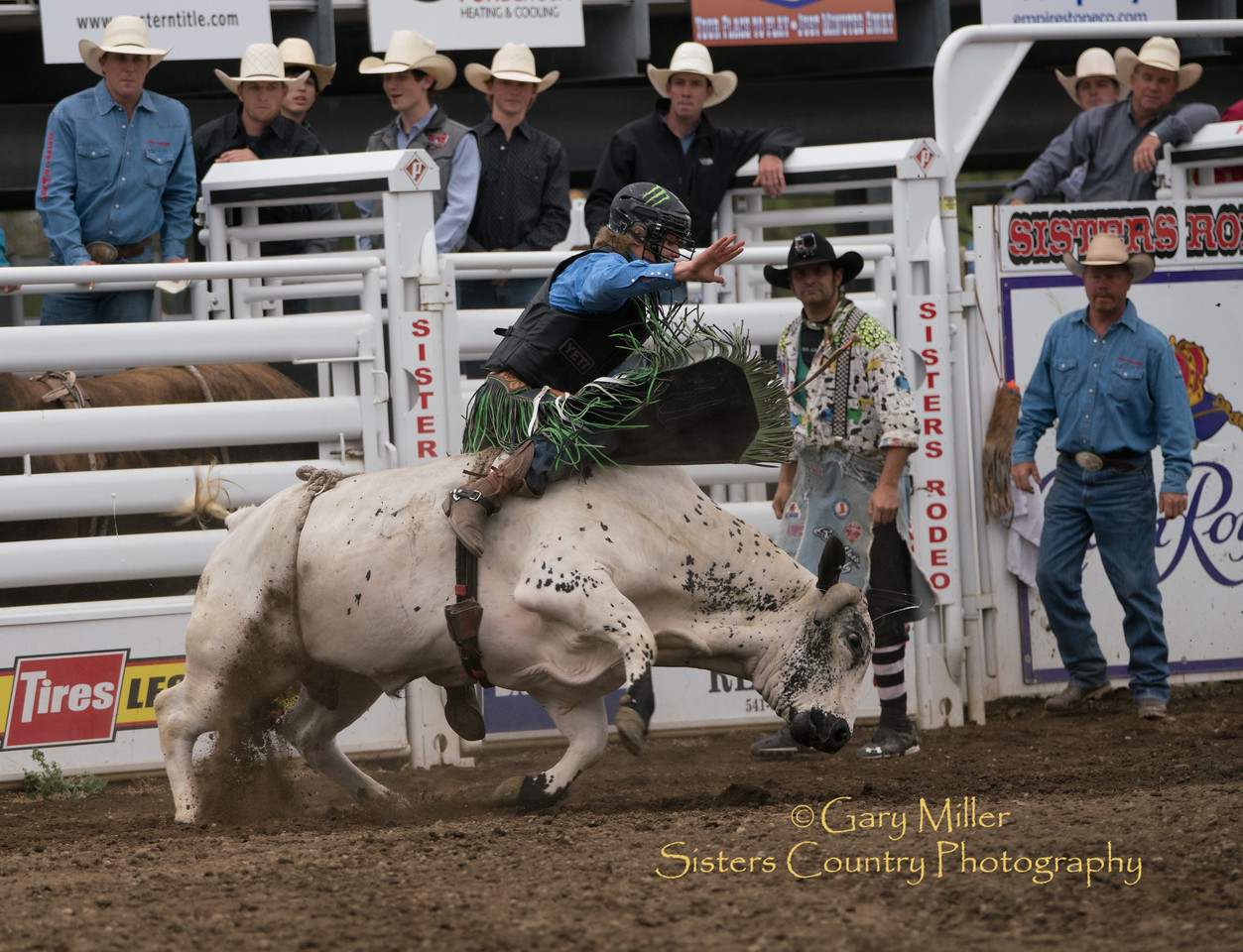 Derek Kolbab rides to an 83